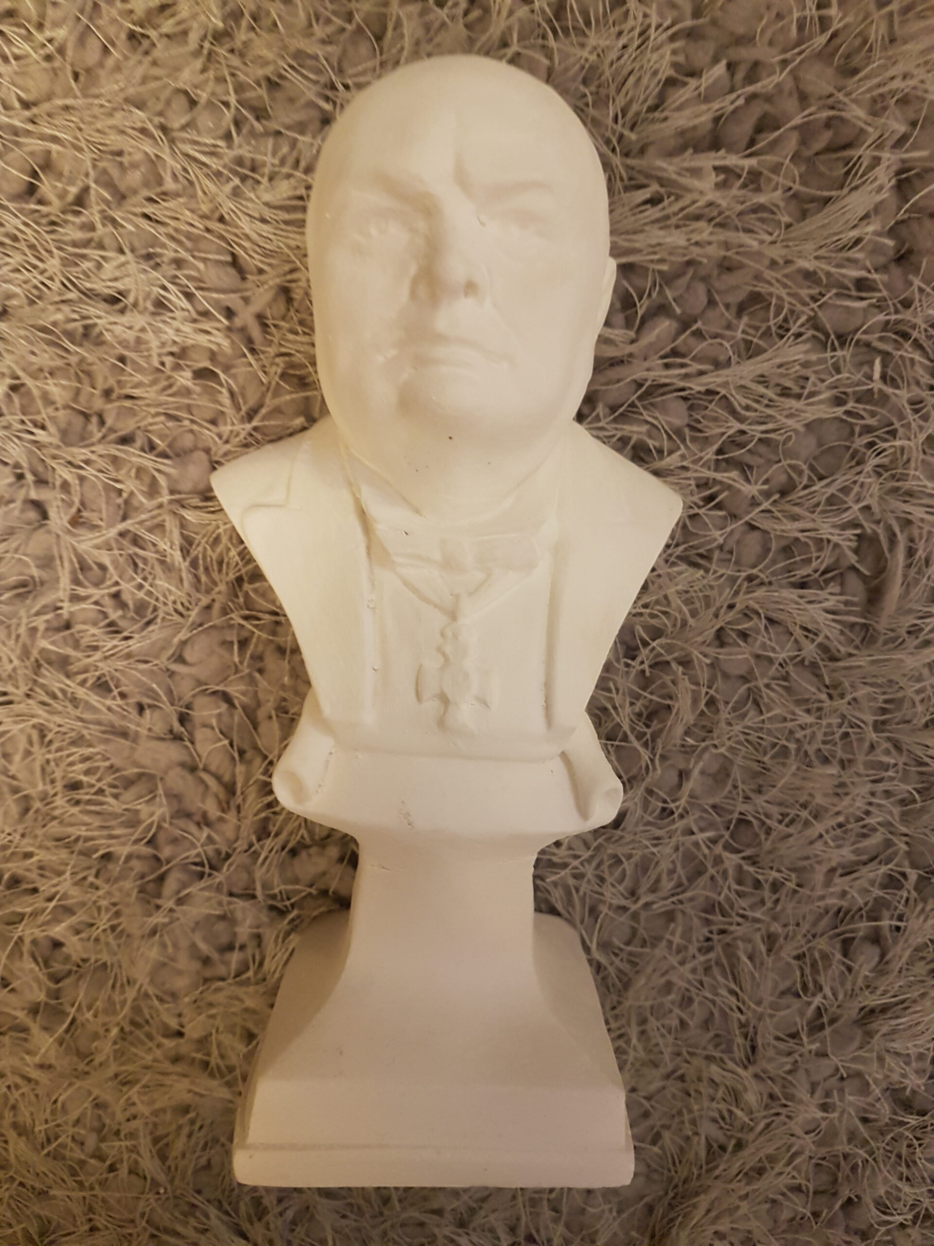 Sir Winston Churchill Ornament Figurine Statue British Prime Minister Moulding